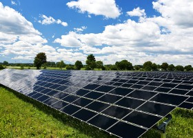 _0007_solar-panel-fields-climate-change
